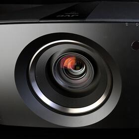Новый проектор JVC DLA-N7B для построения системы домашнего кинотеатра