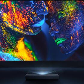 Ультракороткофокусный лазерный проектор Optoma CinemaX P1 Smart 4K UHD!