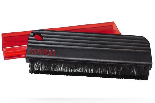 Ortofon Record Brush: недорогой очиститель винила