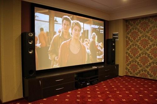 Домашний кинозал (Polk Audio TSx + Optoma HD26)