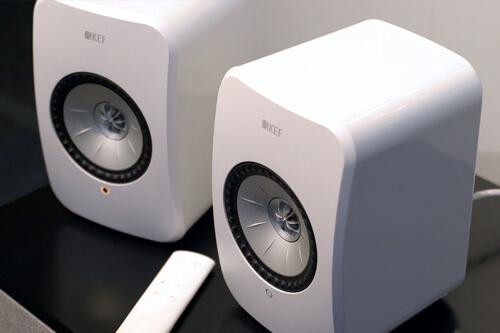 Беспроводные мониторы LSX – роскошный аудиокомплекс от британских производителей KEF