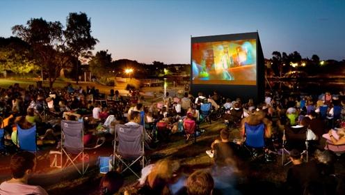 Преимущества и недостатки кинотеатра на открытом воздухе